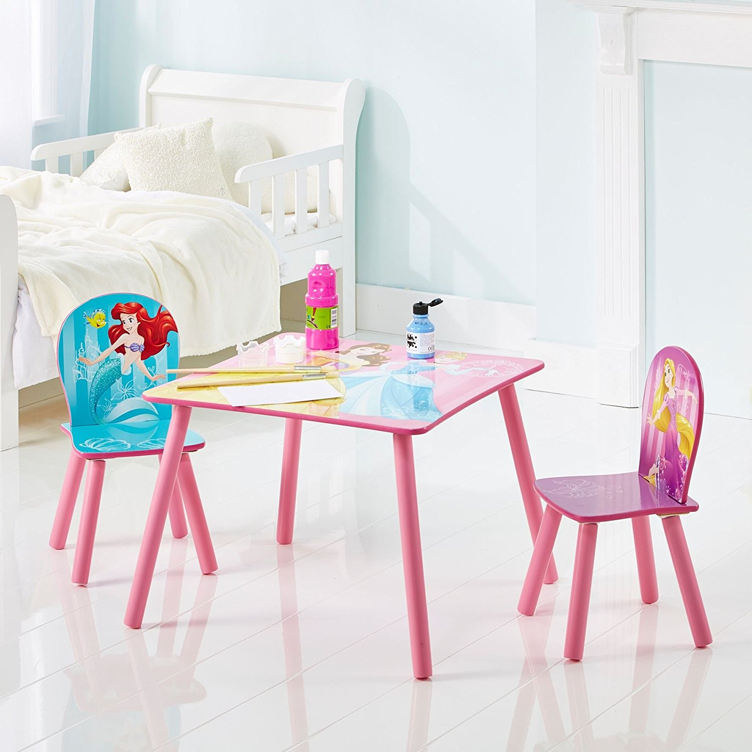 Mesas ni as mesas para ni as princesas disney for Muebles disney